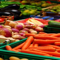 Organic food marketing in Farmer's Market